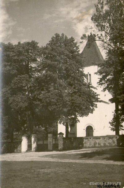 Alsungas katoļu baznīca