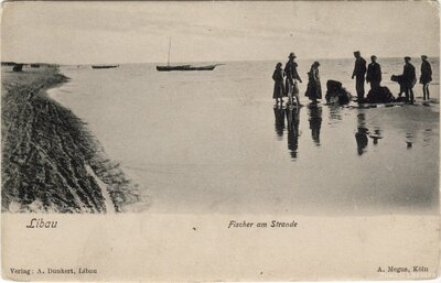 Liepāja. Zvejnieki jūras krastā