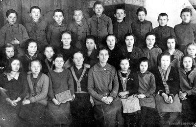 Nīkrāces skolas skolēni
