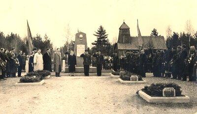 Lejasciema brāļu kapu atklāšana