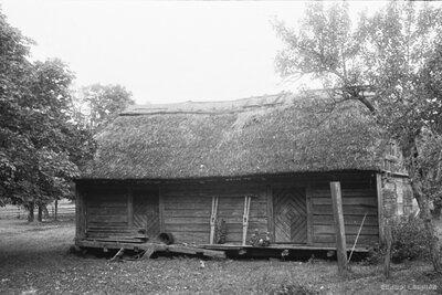 Otaņķu pagasts. Mājas Vecģeistauti klēts