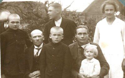 Grīnbergu ģimene no Garozas