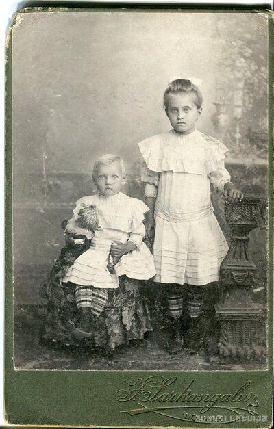 Milda un Anna Lūkinas