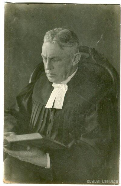Mācītājs Reinholds Meijers