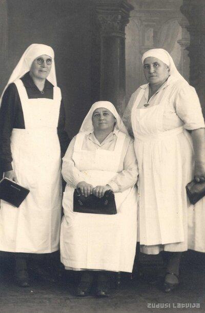Vecmātes Lizete Druvmalis, Līcīte un Lejnieks