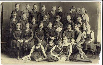 Burtnieku pagasts. Skolnieces