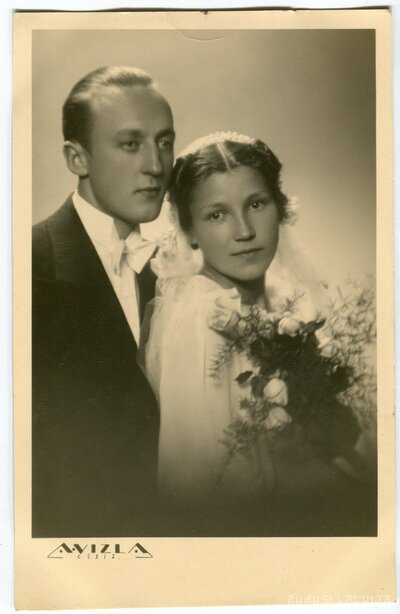 Nikolajs un Vilma Šulci kāzu dienā