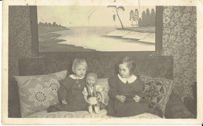 Ilze Inese un Anna Ināra Lūkinas