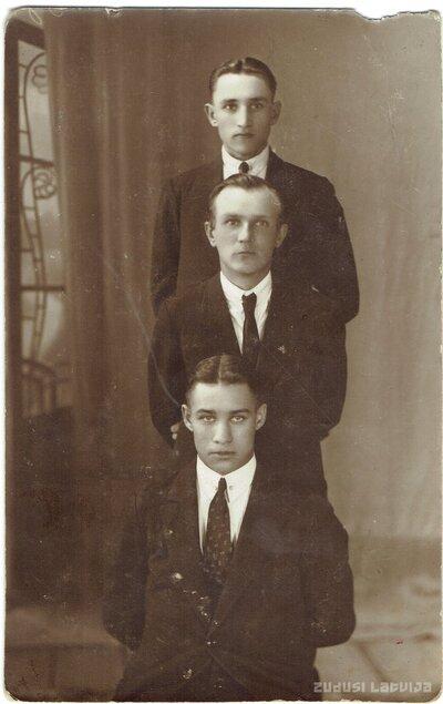 Nikolajs Ampermanis un Arvīds Prauliņš
