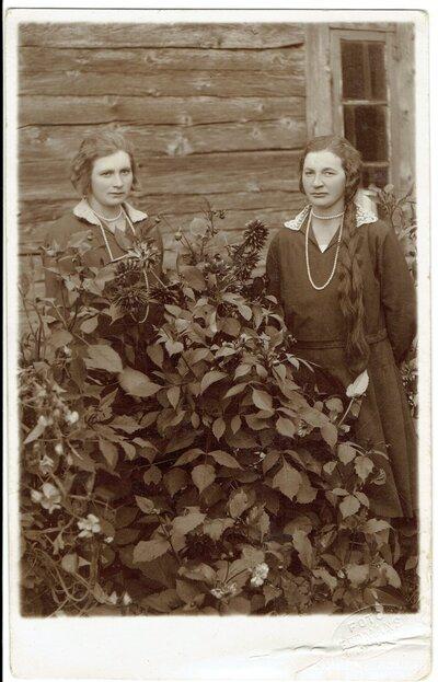 Olga Velta un Marianna Liepas