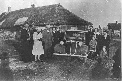 Cilvēku grupa Ainažu pagasta Kumuldos