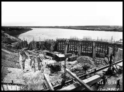 Ķeguma spēkstacijas ledus aizsargsienas būvdarbi. 1938.gada 7.jūlijs