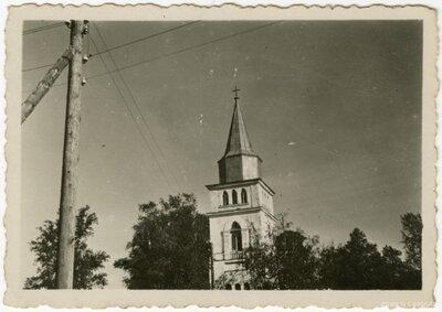 Skrundas baznīca