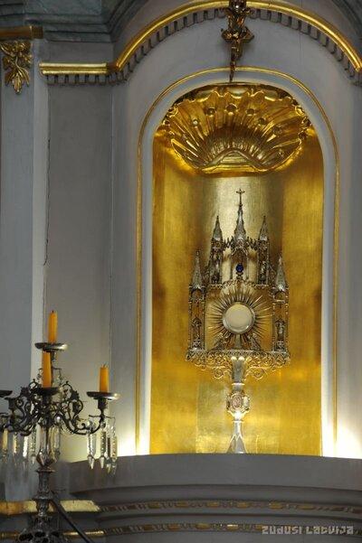 Aglonas bazilikas monstrance