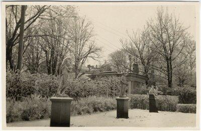 Rīga. Vērmanes dārza seno grieķu un romiešu mitoloģijas tēlu skulptūras