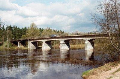 Tilts pār Gauju pie Strenčiem