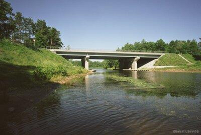 Tilts pār Baltezera kanālu