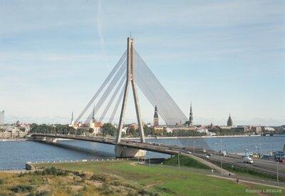 Vanšu tilts Rīgā