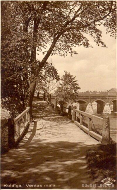Kuldīga. Ainava Ventas kreisajā krastā ar skatu uz seno ķieģeļu tiltu