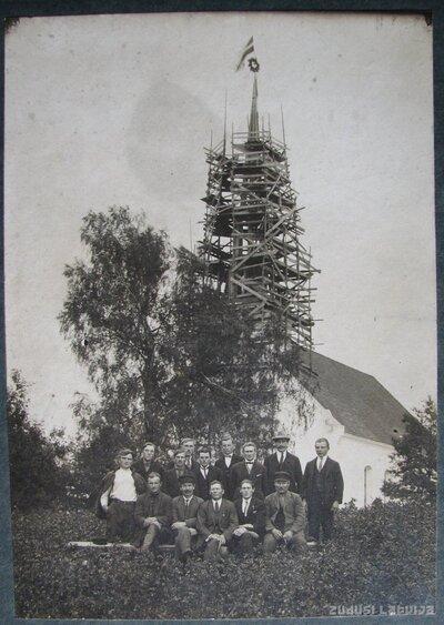 Opekalna baznīcas jaunā torņa celšana