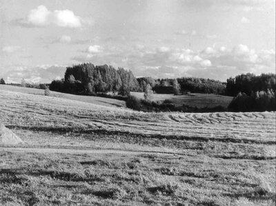 """Veclaicenes ainava pie """"Spaļļu"""" mājām"""