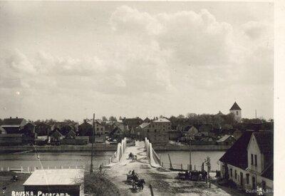 Mēmeles tilts