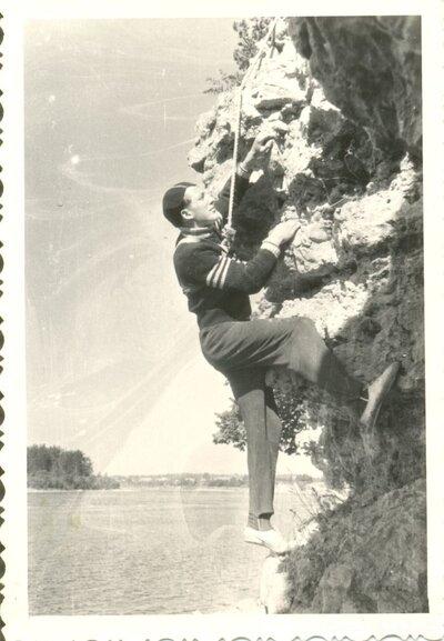 Andreja klints. Oliņkalns