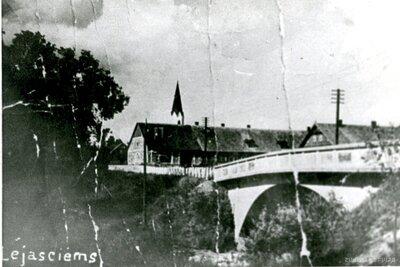 Tilts pār Tirzas upi Lejasciemā