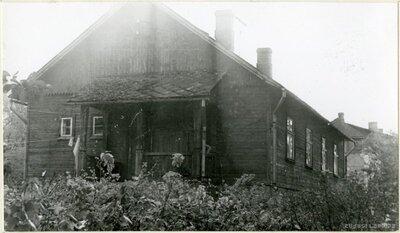 Blusumuižas kalpu māja
