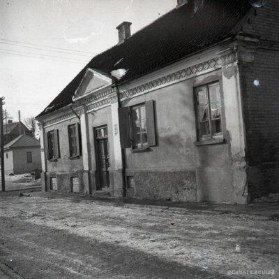 Bauska. Dzīvojamā ēka Baznīcas ielā