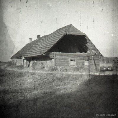 Vecā kroga ēka pie Vecsaules baznīcas