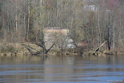Birzgales pagasts. Saspridzinātā tilta vieta