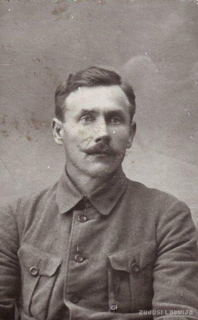 Aumeisteru ķieģeļnīcas mantinieks Jānis Padedzis