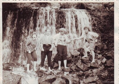 Klintaines pagasts. Piešupītes ūdenskritums