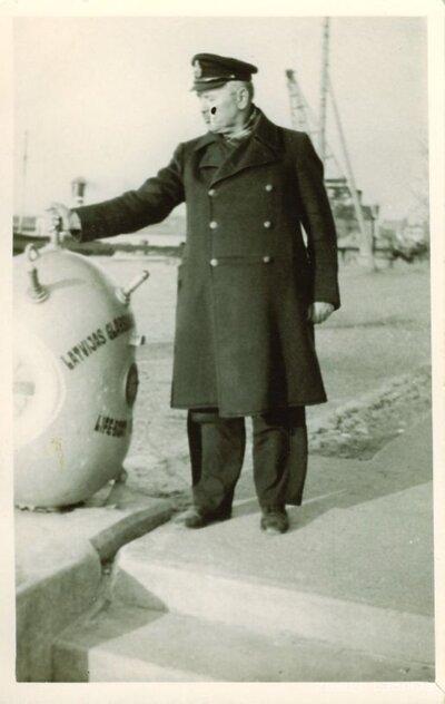 Kapteiņa portrets Ventspils ostā