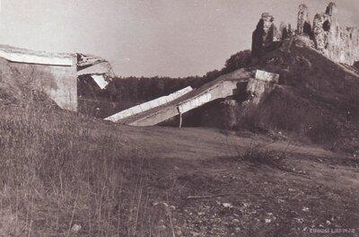 Koknese. Saspridzinātais Pērses tilts