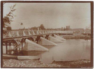 Tilts pār Bārtas upi