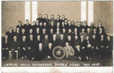 Liepājas Valsts tehnikuma šoferu kursi 1938. gadā