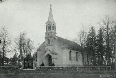 Kalnciema-Klīves luterāņu baznīca