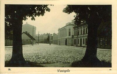 Ventspils. Kuldīgas iela