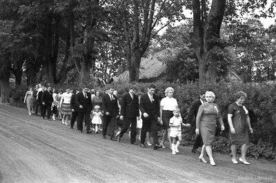 Bērnības svētku gājiens Kauguros 1968.gadā