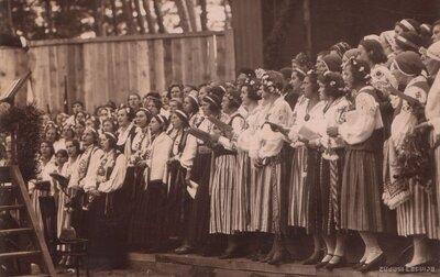 Ventspils. Sieviešu koris tautastērpos