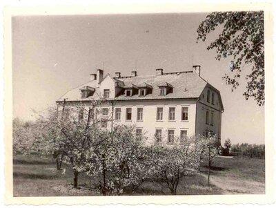 Salaspils pagasta valdes un 1. pakāpes pamatskolas ēka