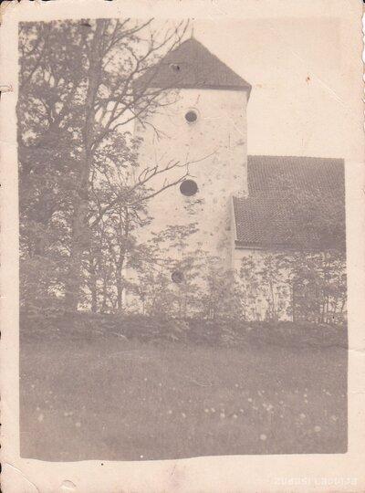 Embūtes luterāņu baznīca