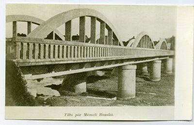 Bauska. Loku tilts pār Mēmeli