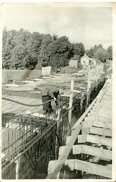 Bauska. Tilta celtniecība pār Mūsas upi