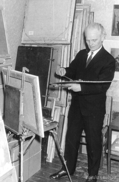 Talsi. Gleznotājs Žanis Sūniņš Laidzes ielas darbnīcā