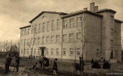 Salienas skola