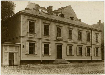 Rīga. Latvijas sieviešu palīdzības korpusa nams Blaumaņa ielā 19