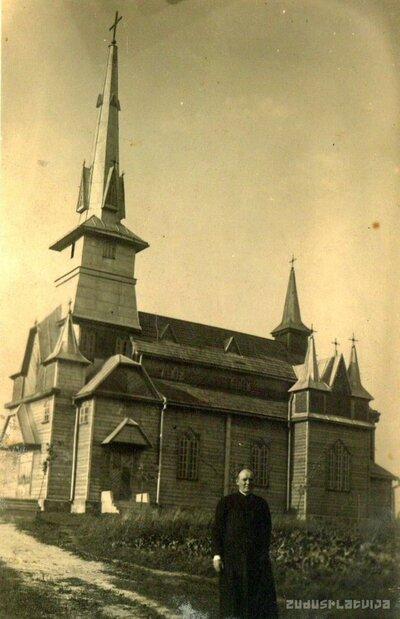 Augškalnes Svētās Ģimenes Romas katoļu baznīca